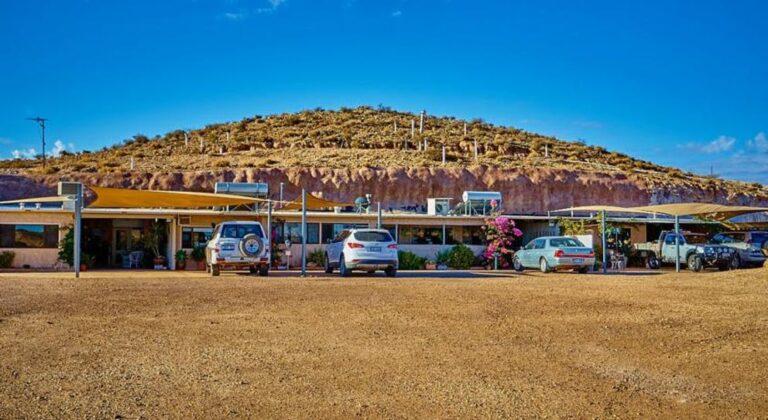 Underground B & B Coober Pedy - Tour Australia In Style - Australia Travel